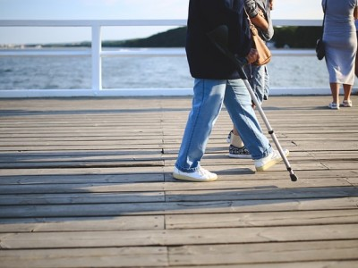 Como elegir el tipo de muleta ortopédica que necesito